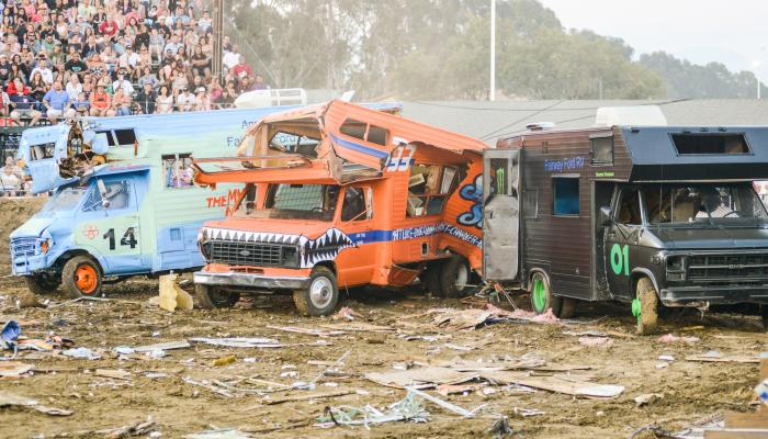 Motor Home Madness Demolition Derby